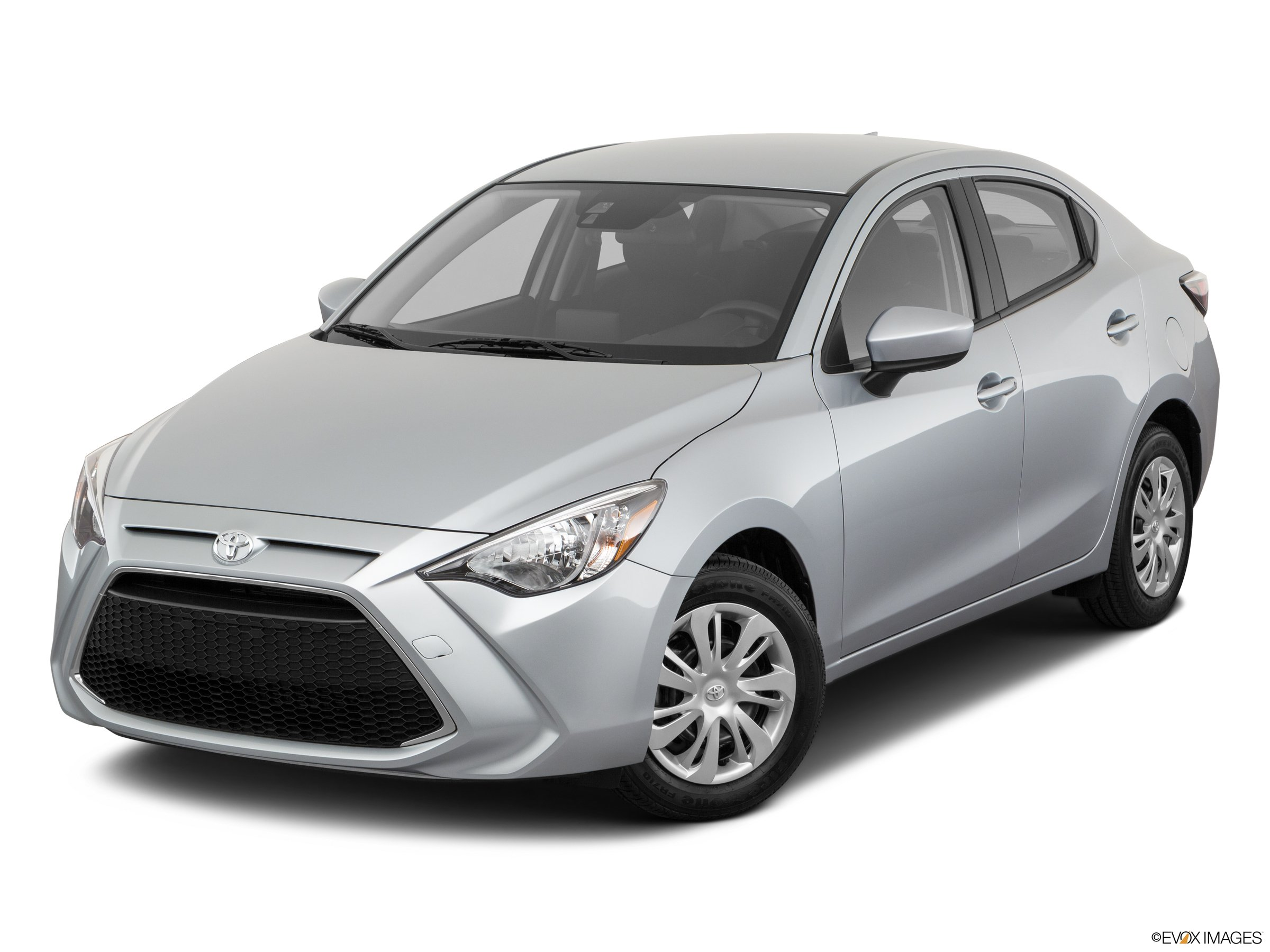 2020 Toyota Yaris L FWD sedan