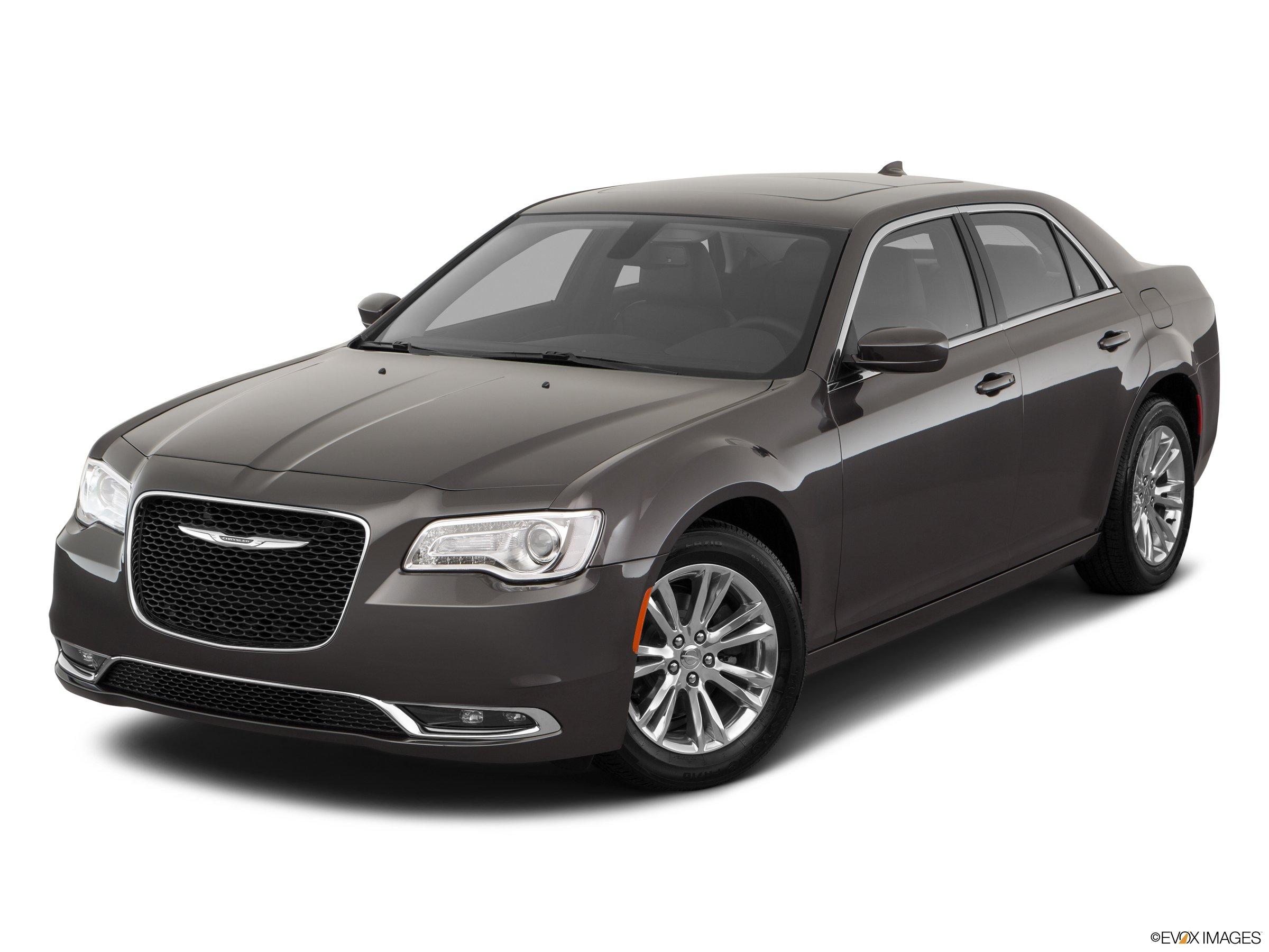 2020 Chrysler 300 Touring L RWD sedan